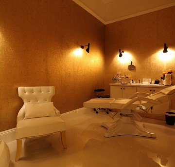 orogold vip facial room