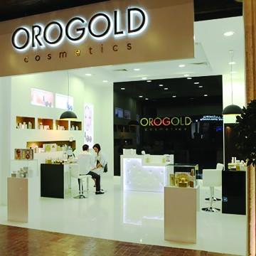ORO GOLD professional staff.