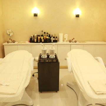 ORO Gold Spa room