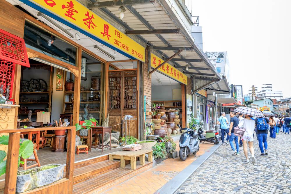 A street in Yingge, Taiwan