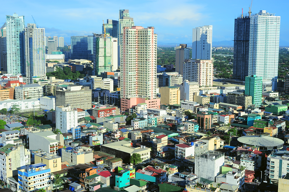 Explore These Tourist Spots By Foot In Manila Orogold